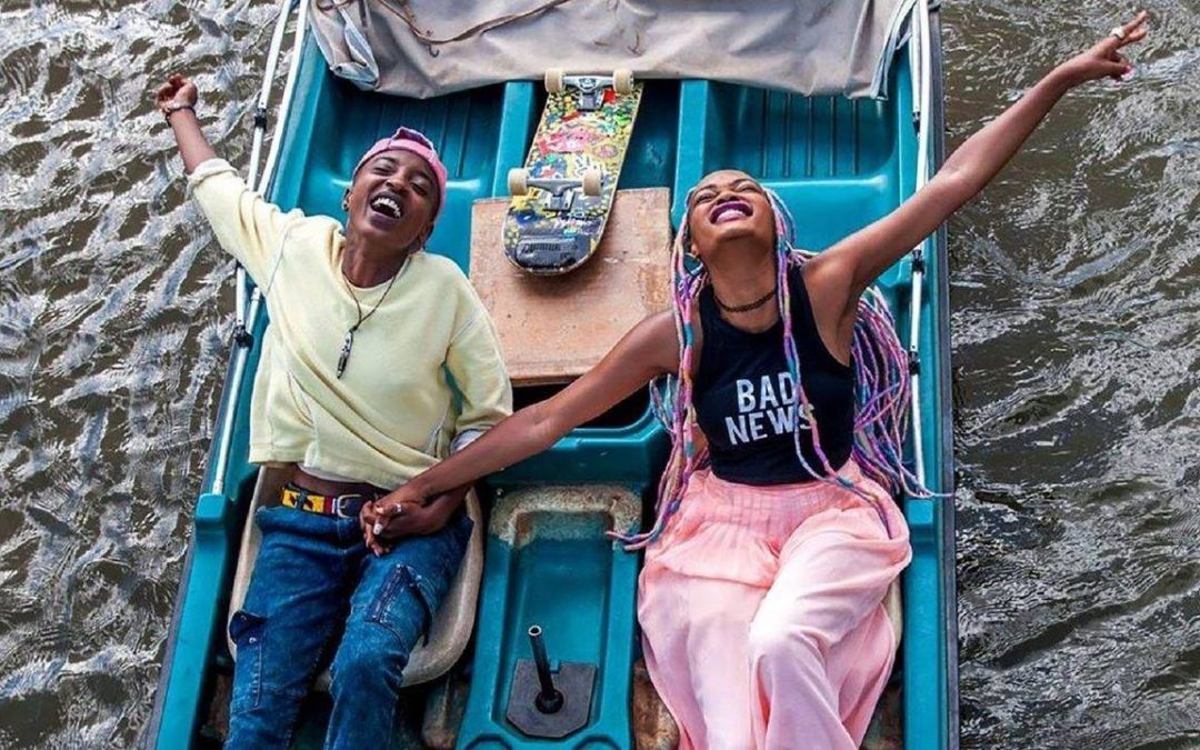 """REVIEW: Young lesbian love tested in """"Rafiki"""""""