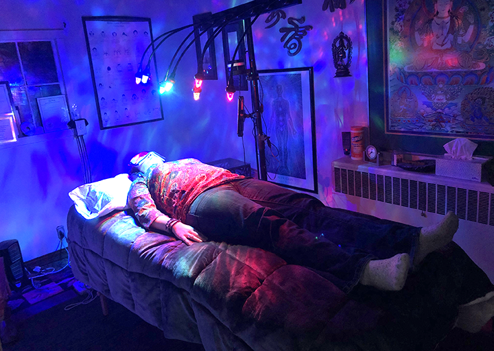 Crystal healing therapy, in person
